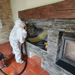 Dépoussièrage de la cheminée