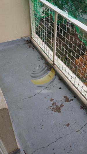 APRES : le balcon nettoyé