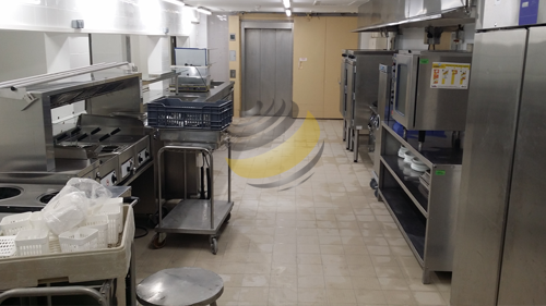 APRES : Nettoyage de la cuisine