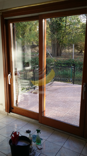 Nettoyage de la porte vitrée